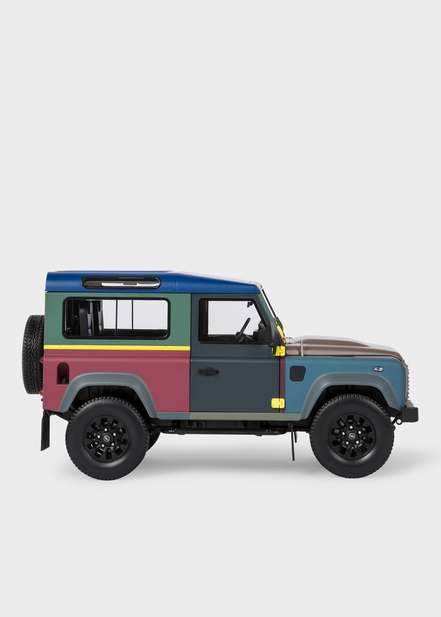 Paul Smith Land Rover Defender 90 1 18 Die Cast Metal