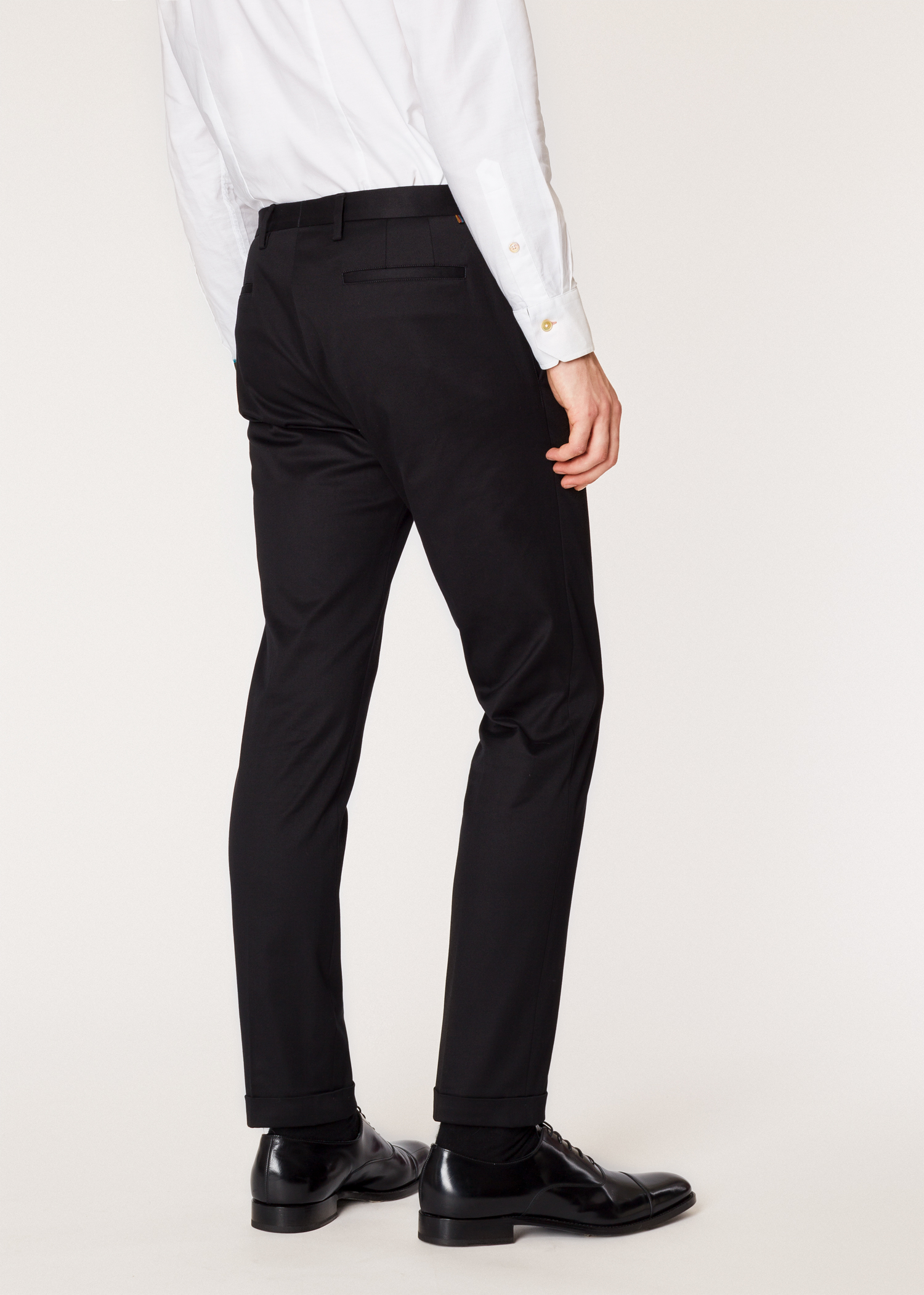 Vue mannequin dos zoom - Pantalon Homme Noir En Coton Stretch Coupe Slim  Paul Smith 6ef152fd0c9