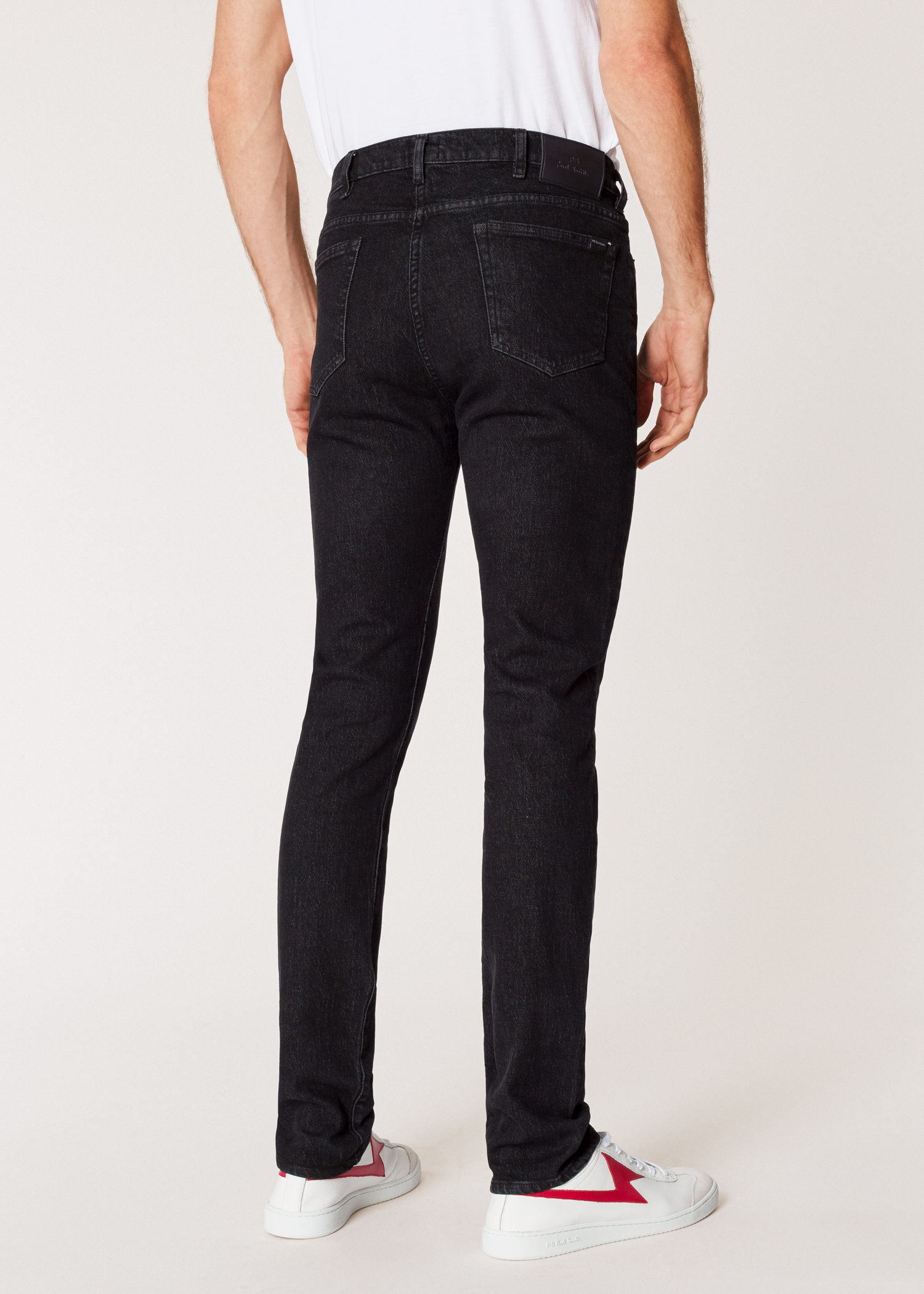 274c089c Model back close up - Men's Slim-Fit 'Washed Stretch Black' Denim Jeans