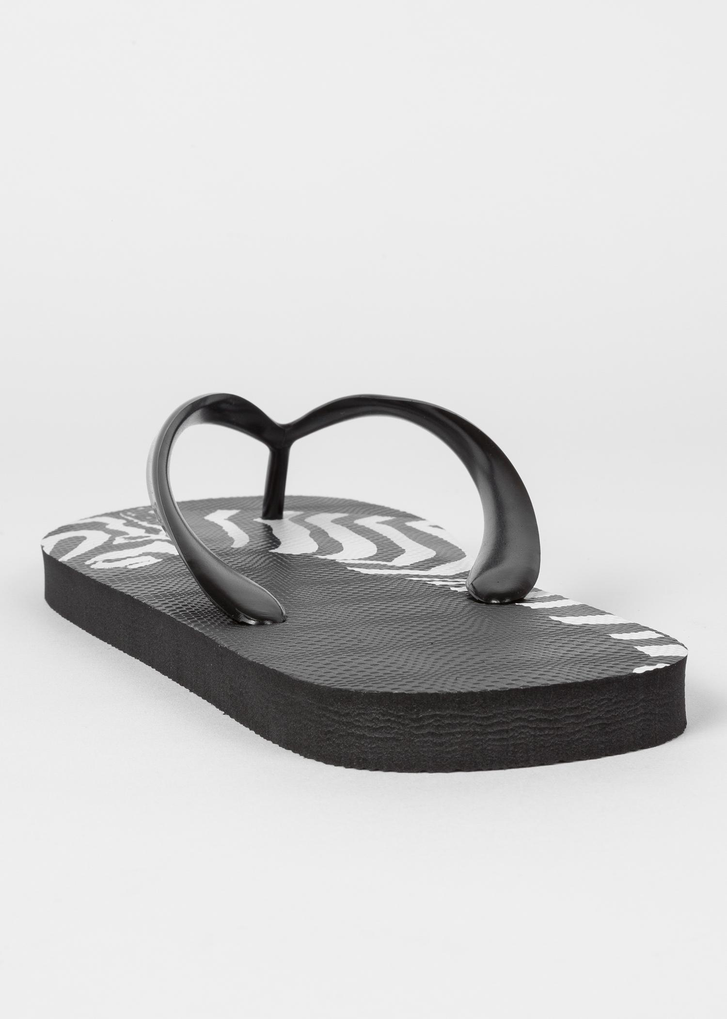 69a3a6232bfc ... Flops Paul Smith · Heel detail - Men s Black  Zebra  Print  Disc  Flip  ...