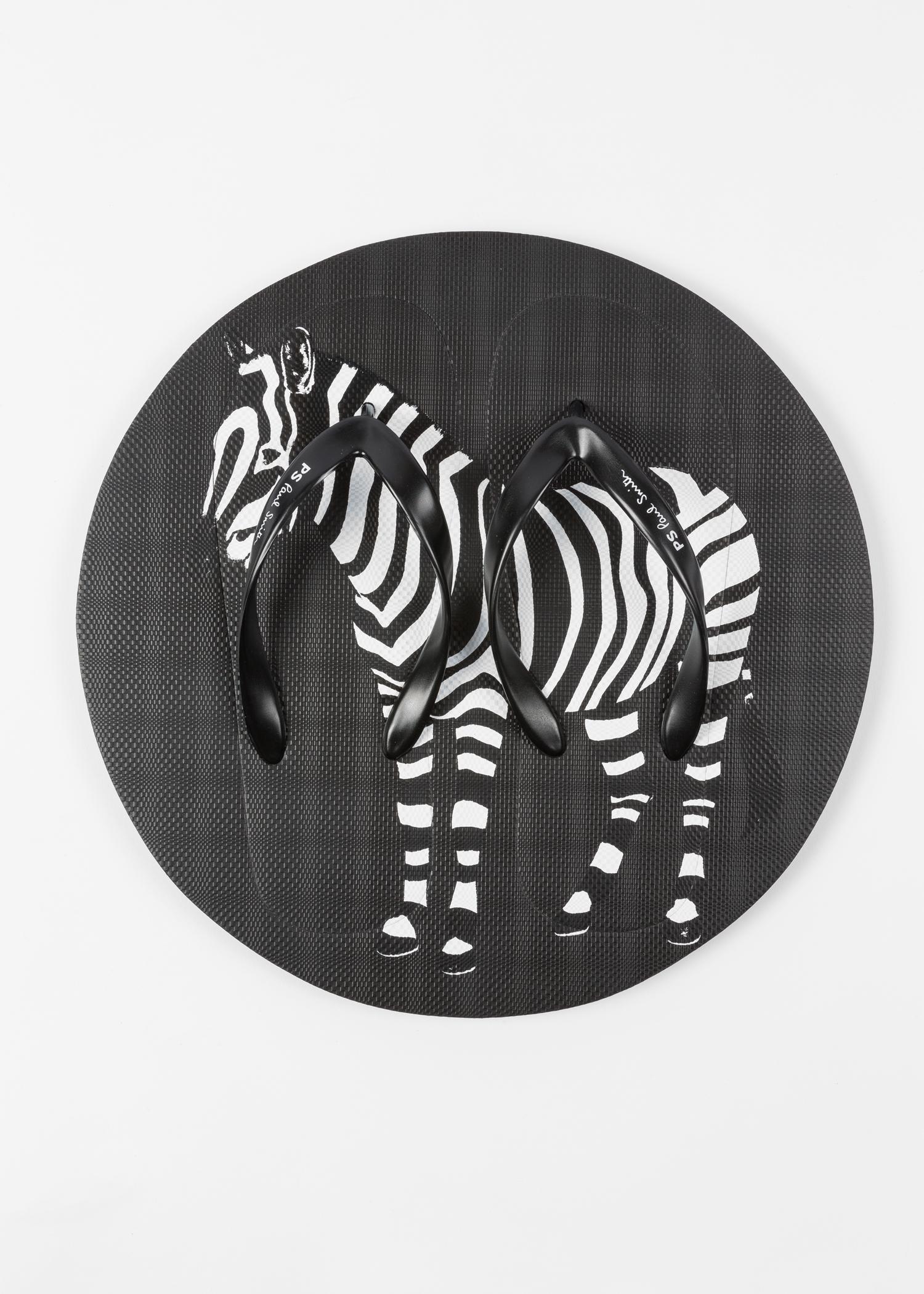098a4786e201 ... Flops Paul Smith · Disc view - Men s Black  Zebra  Print  Disc  Flip ...