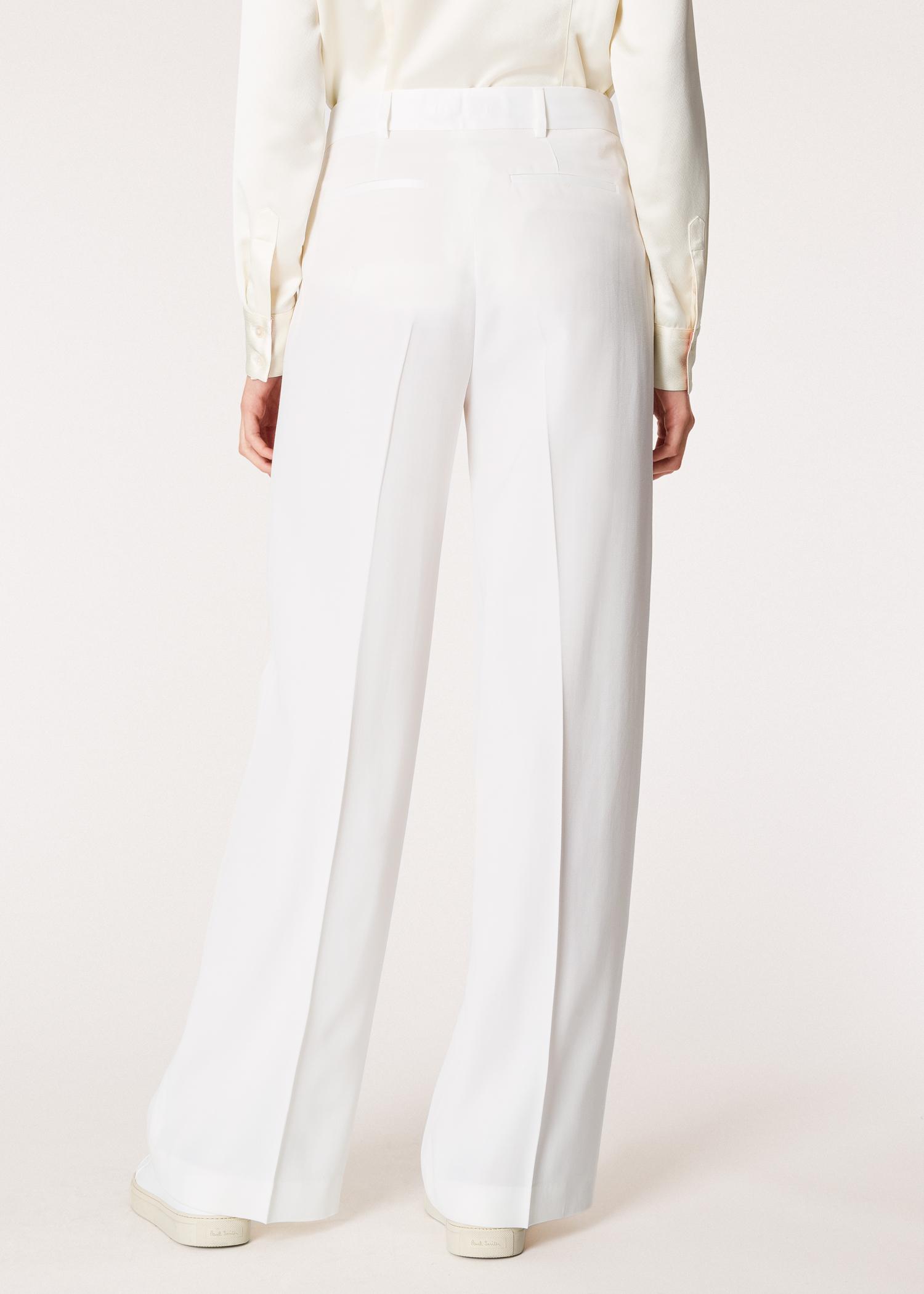 4e82fc1930b Vue mannequin dos zoom - Pantalon De Smoking Femme Ivoire Jambes Larges En  Laine Avec Détails
