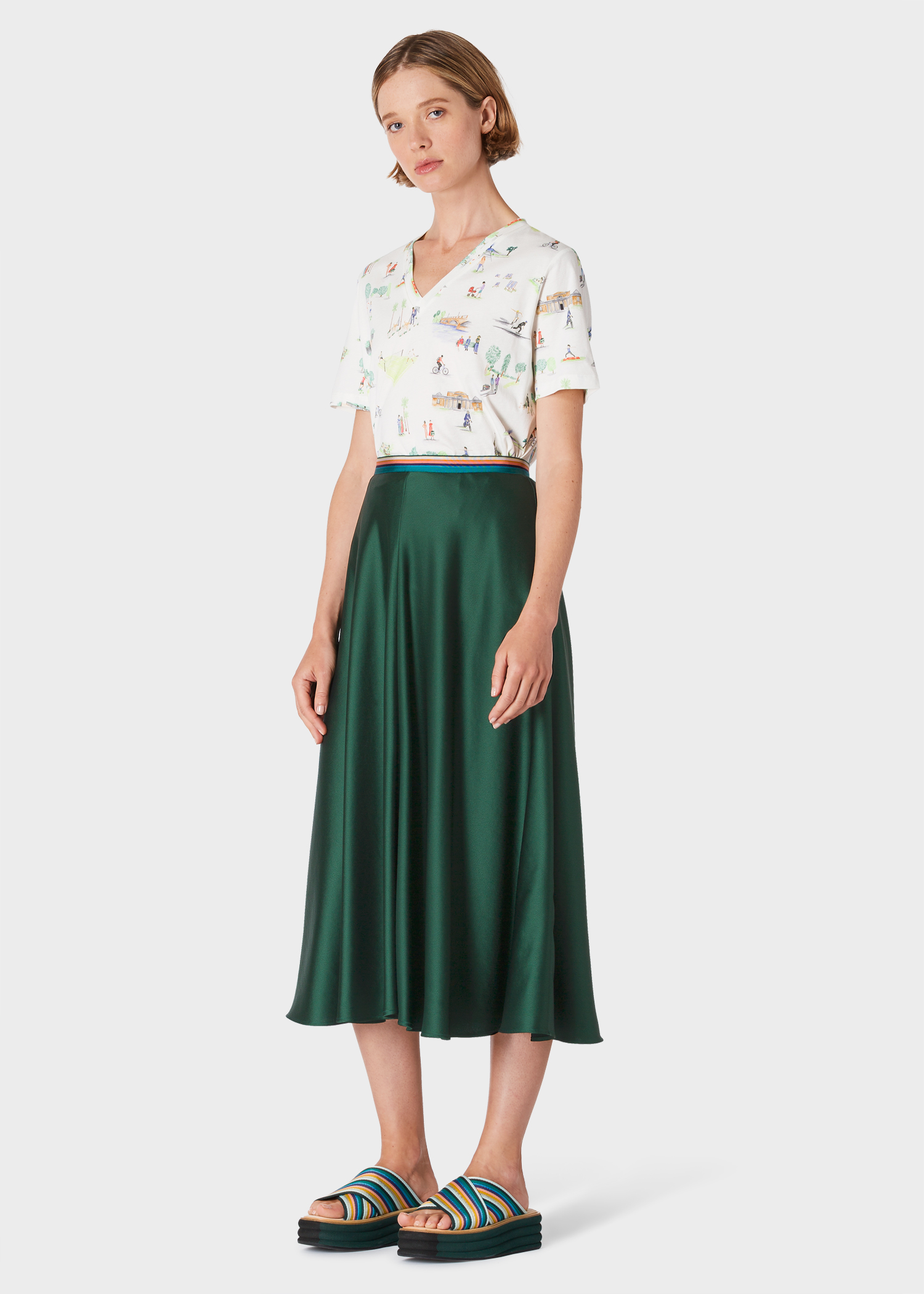 7897d684bae7 Model front view - Women's Dark Green Midi Skirt Paul Smith
